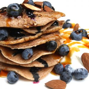 Blueberry-almond pancakes EEFSFOOD