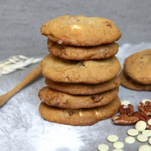 White chocolate chip cookies met pecannoten